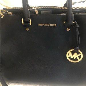 Michael Kors satchel!! Almost new. Make an offer!